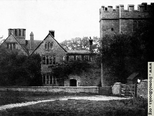 [Picture: Astwell Castle]
