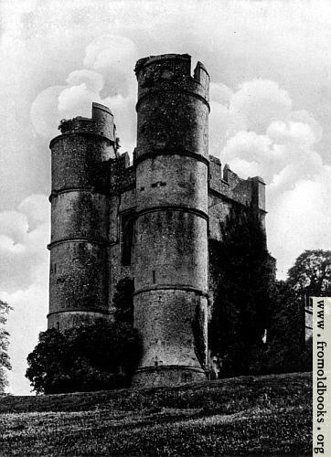 [Picture: Donnington Castle]