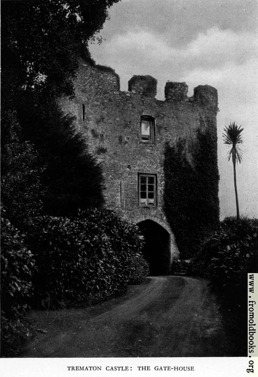 [Picture: Trematon Castle: The Gate-house]