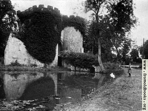 [Picture: Whittington Castle, Shropshire (wallpaper version)]